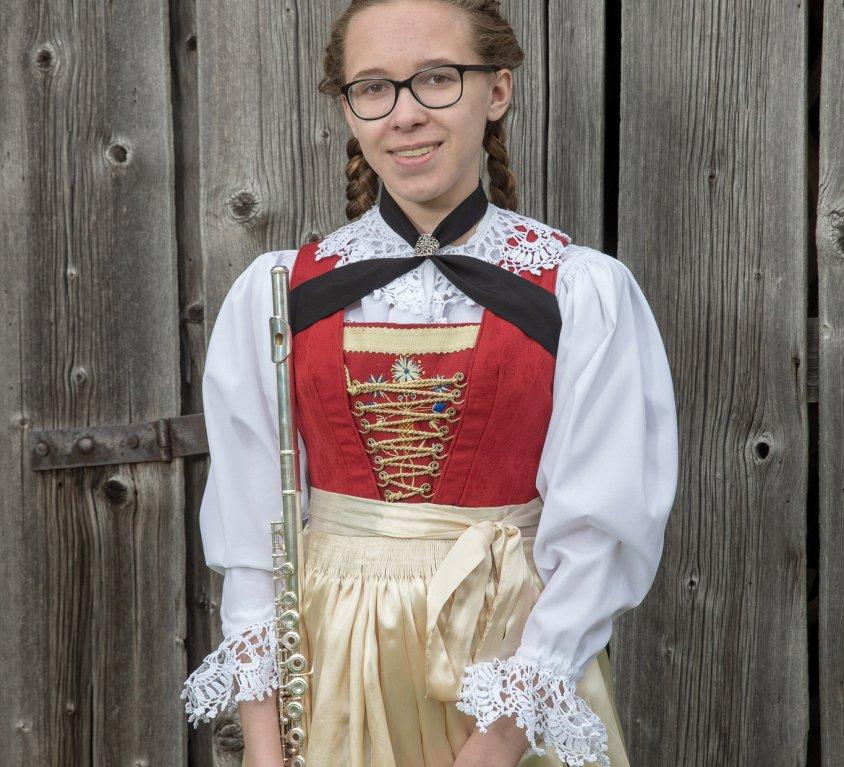Veronika Tanzer